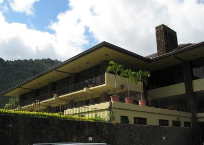 Oahu Country Clubhouse
